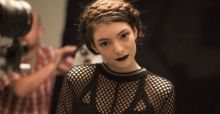 Lorde: Eigene Make-up Linie für MAC